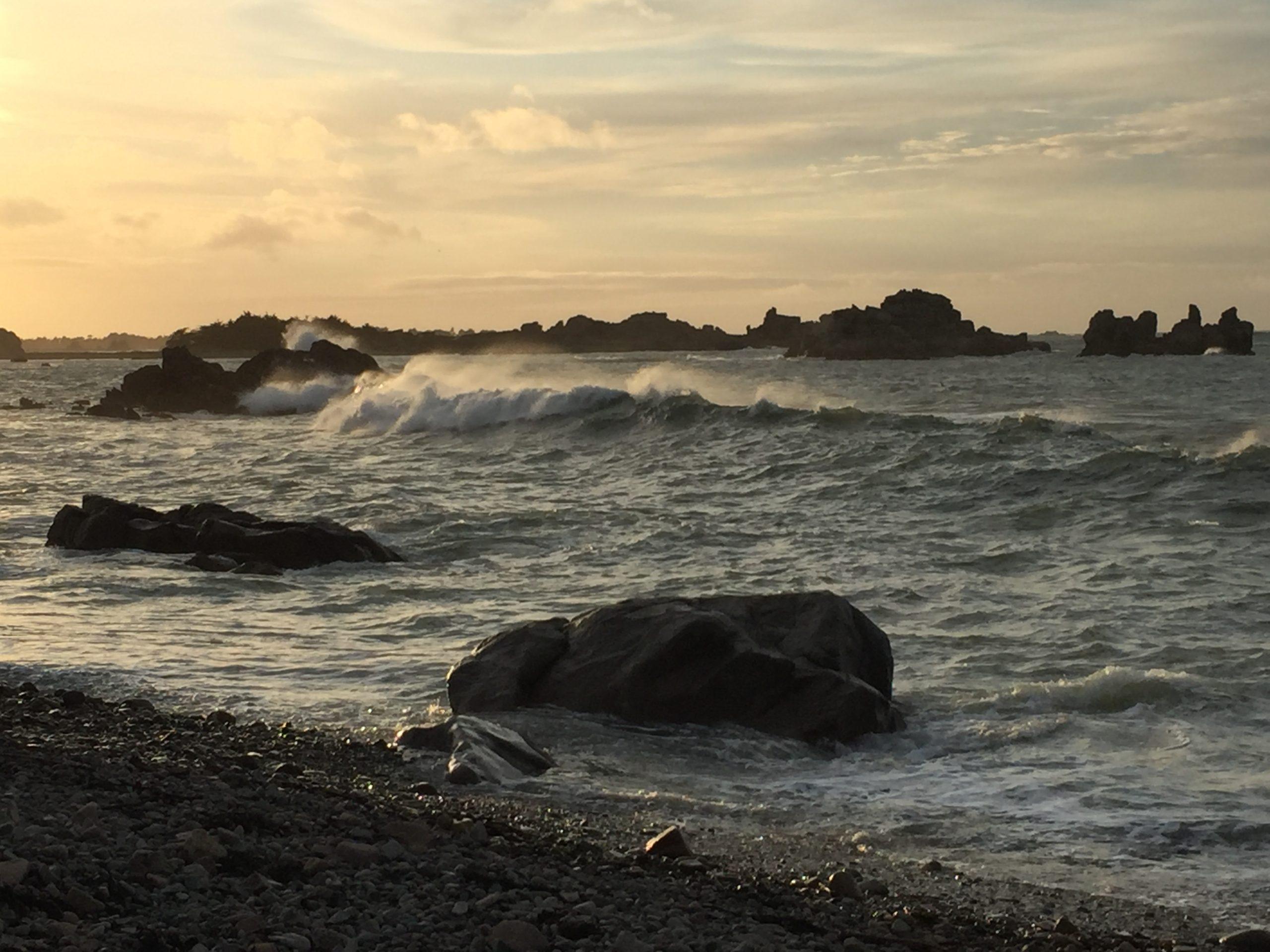 Bretagne tempete vagues