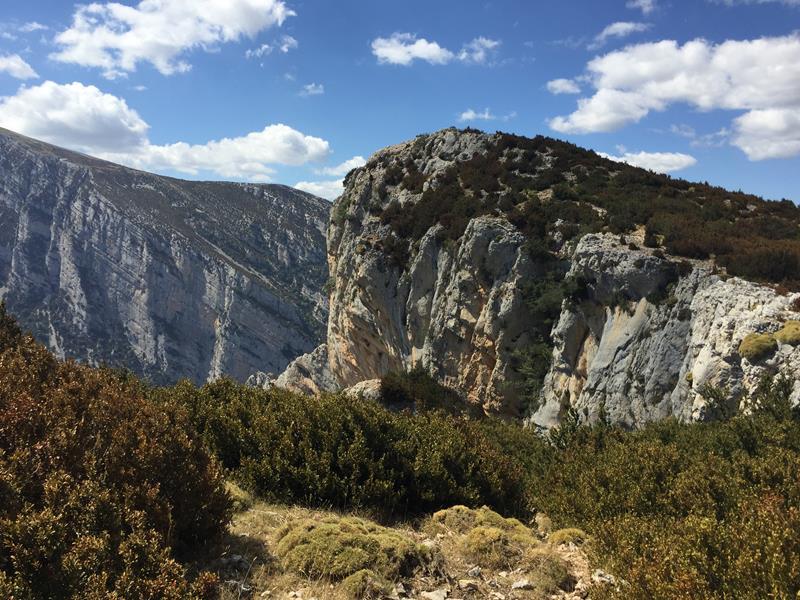 la Pena Ruaba, sur le canyon de l'Alcanadre, secteur des Gorgas Negras
